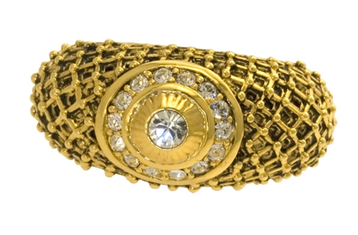 Castellani lattice ring