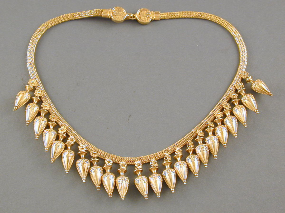 18 ct gold necklace