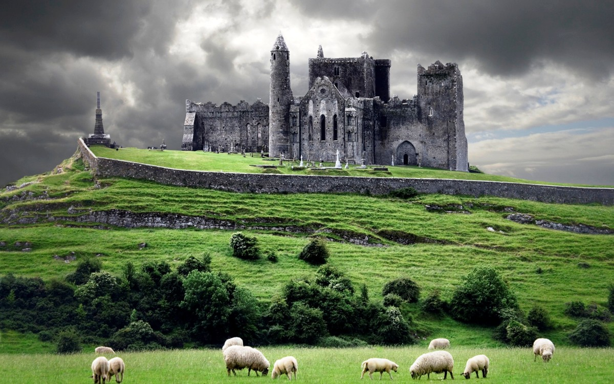 Celtic Castle, Rock of Cashel, Cahir, County Tipperary, Ireland.  More formally known as St. Patrick's Rock where St. Patrick brought Christianity to the Gaelic people during the 5th century AD.
