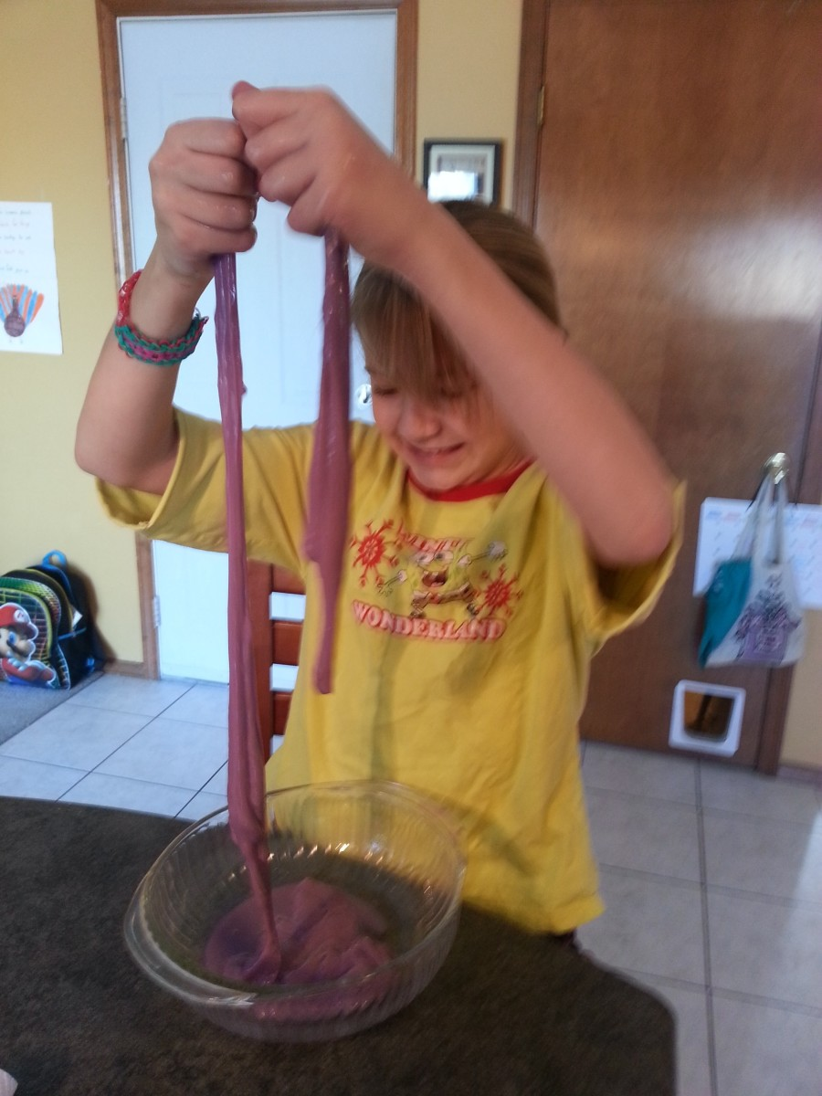 How to make slime with glue and Borax.