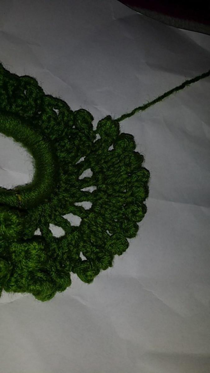 seaweed-scrunchie-a-free-pattern