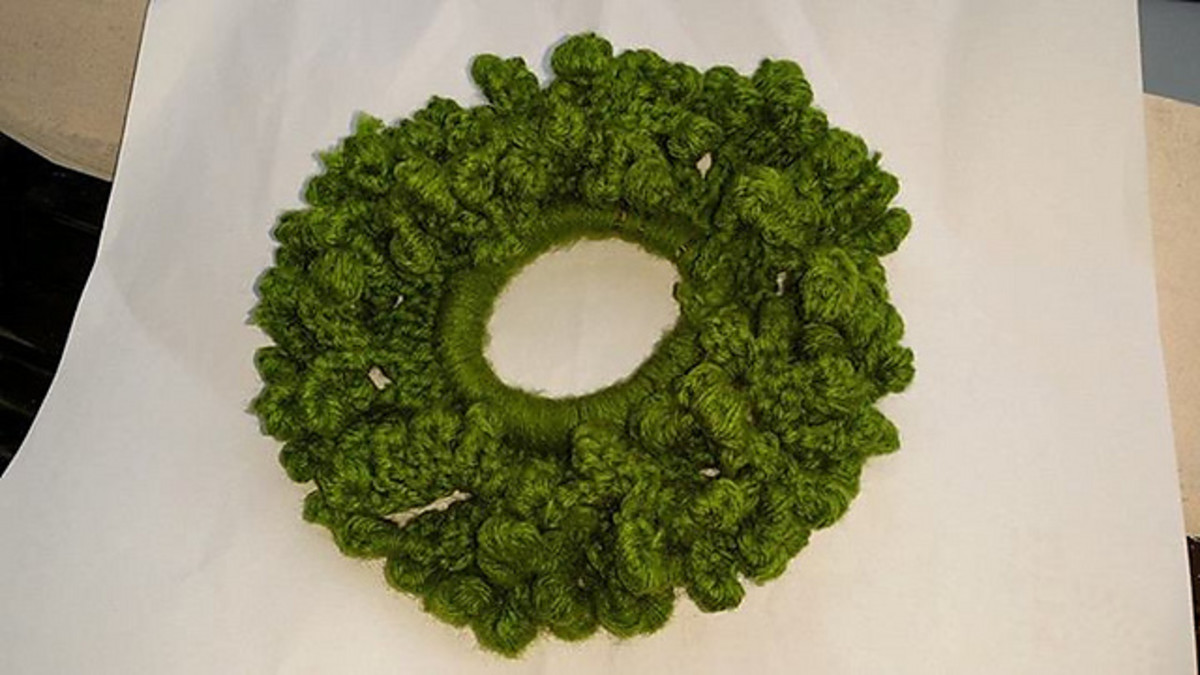 Seaweed Scrunchie -  A free pattern