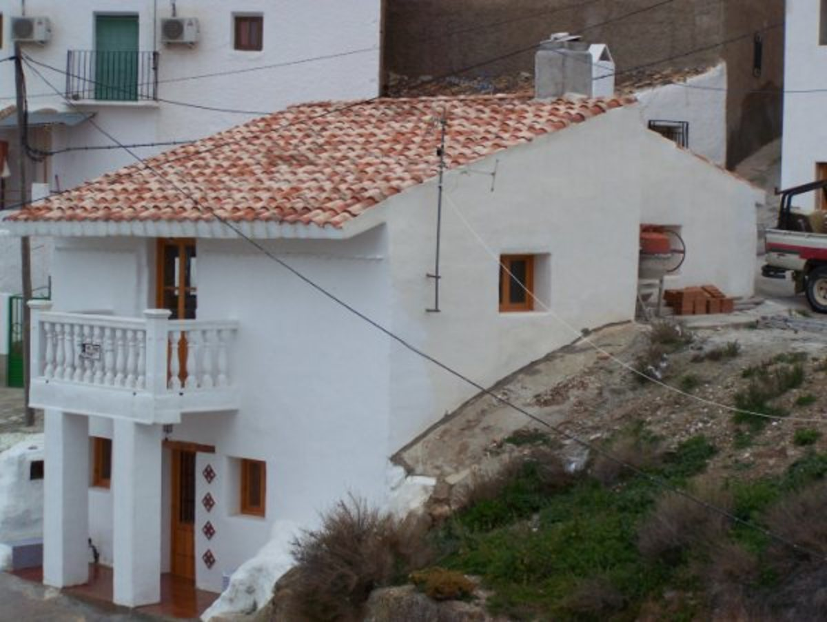 Cave house in the village of Freila.  This property may look like a normal village house but has several cave rooms.