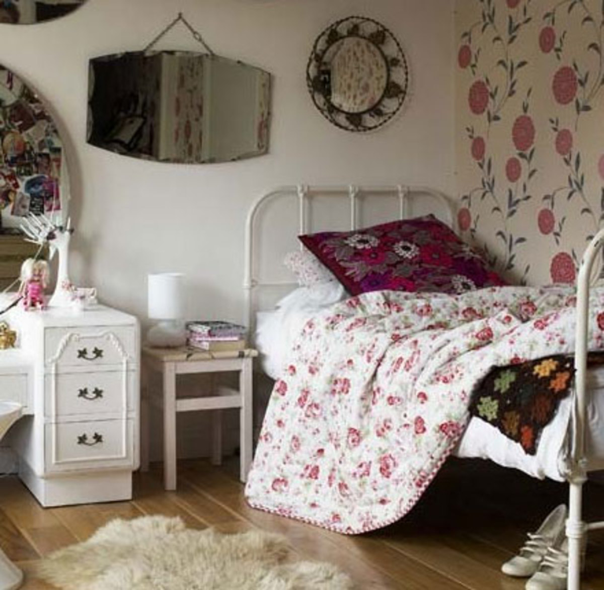 20 teenage girl bedroom decorating ideas hubpages for Bedroom ideas for girls in their 20s