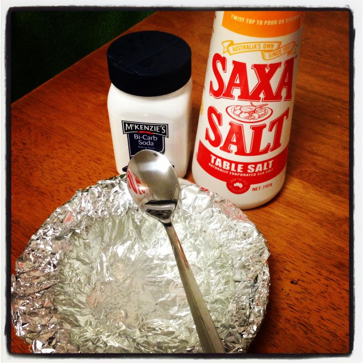 The 3 key ingredients - Salt, Bi-Carb and Aluminium Foil...