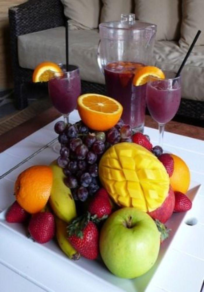 Hawaiian Fruit Punch Sangria