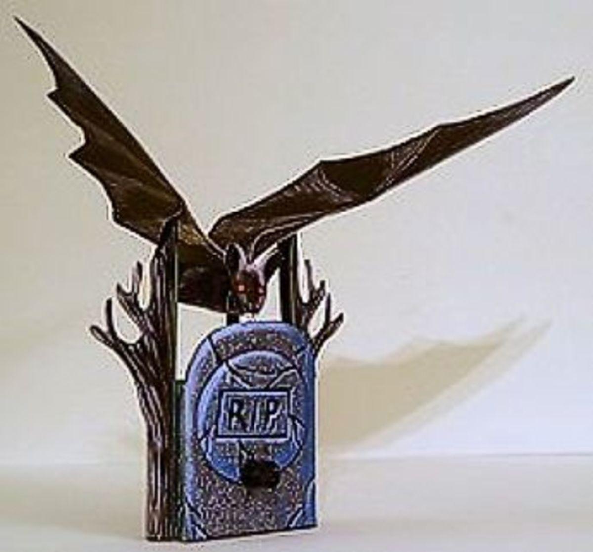'The Mechanical Bat' Paper Model @ Ravensblight