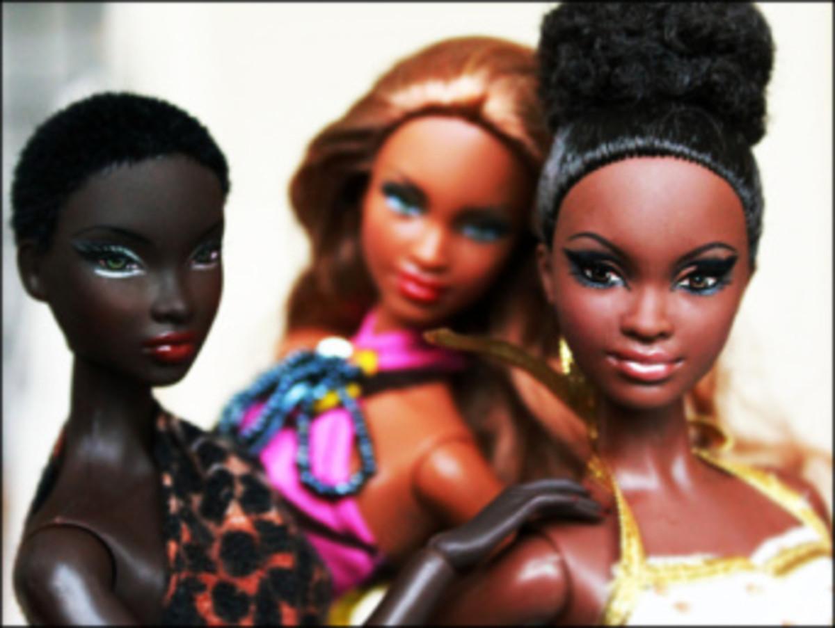 Why Women Whiten Their Skin