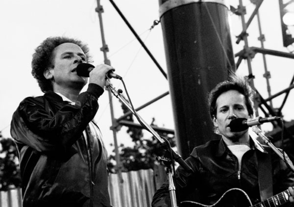 Art Garfunkel and Paul Simon 1982.