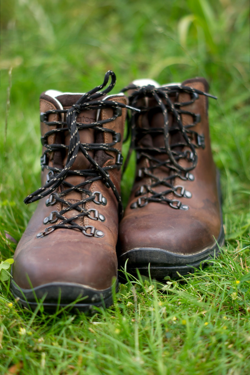 What Are The Top Rated Hiking Boots For Women: 5 Reviews | HubPages