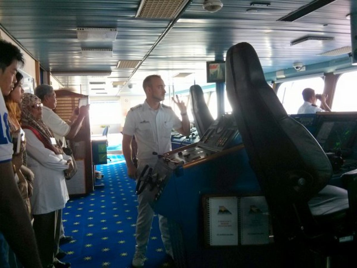 Briefing by Superstar Libra's officer during the Bridge Tour