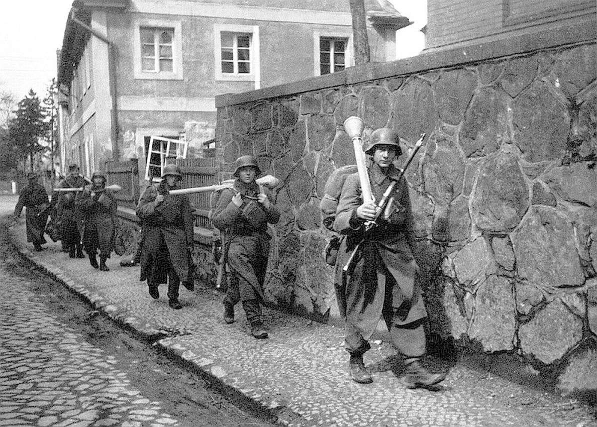 secret-strike-toward-hammelburg-march-1945