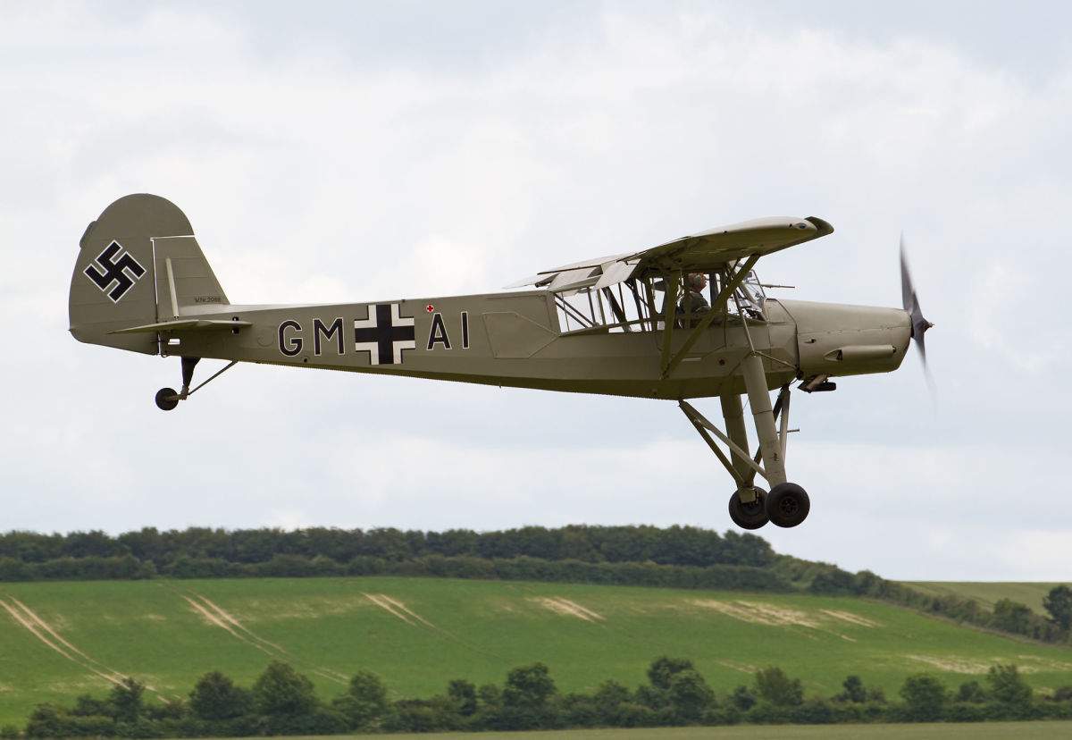 Color photo of the Storch.