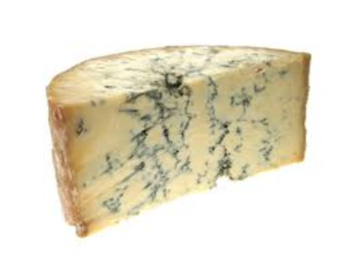 hmm... stilton cheese... no wonder hobo hippies had such bad breaths...