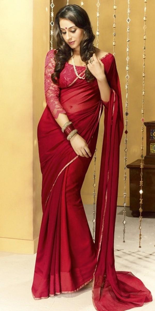 deep red chiffon saree with lace saree blouse