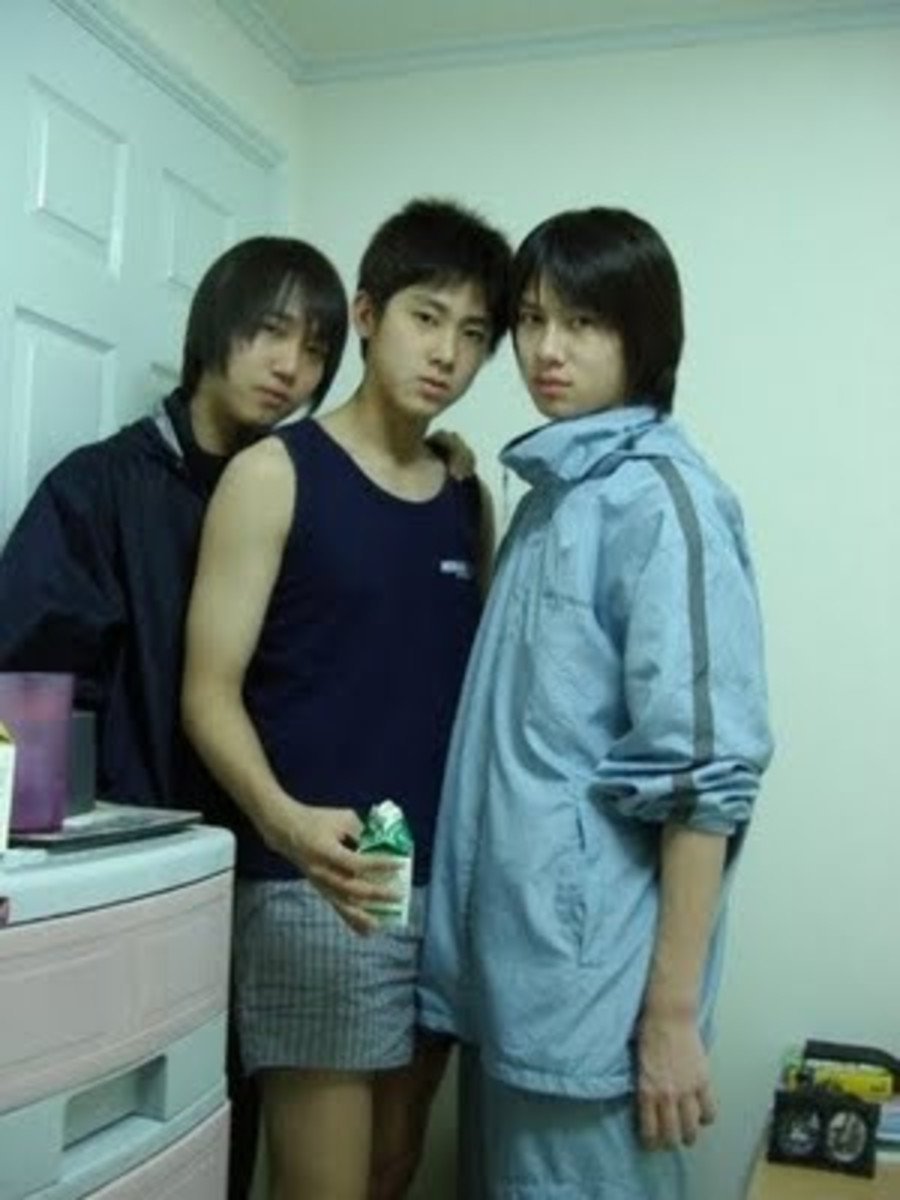 Yunho with trainee days roommate, Heechul.