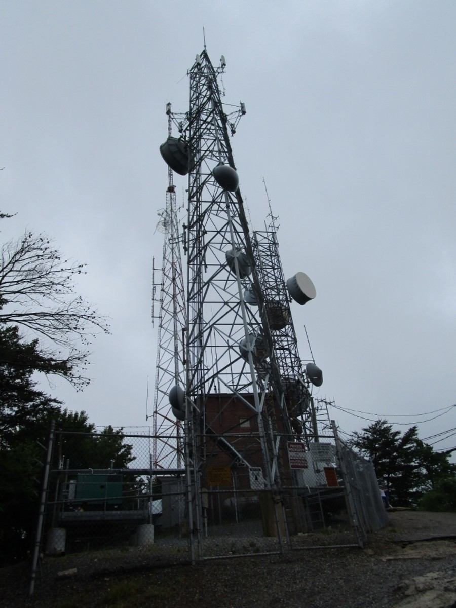 Television tower at the Rocktop Trail at Crowders Mountain State Park.
