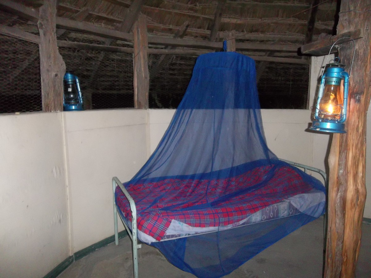 A hut (banda) at Olorgesailie for those who want an Out-of-Africa experience - no electricity, no flush toilet