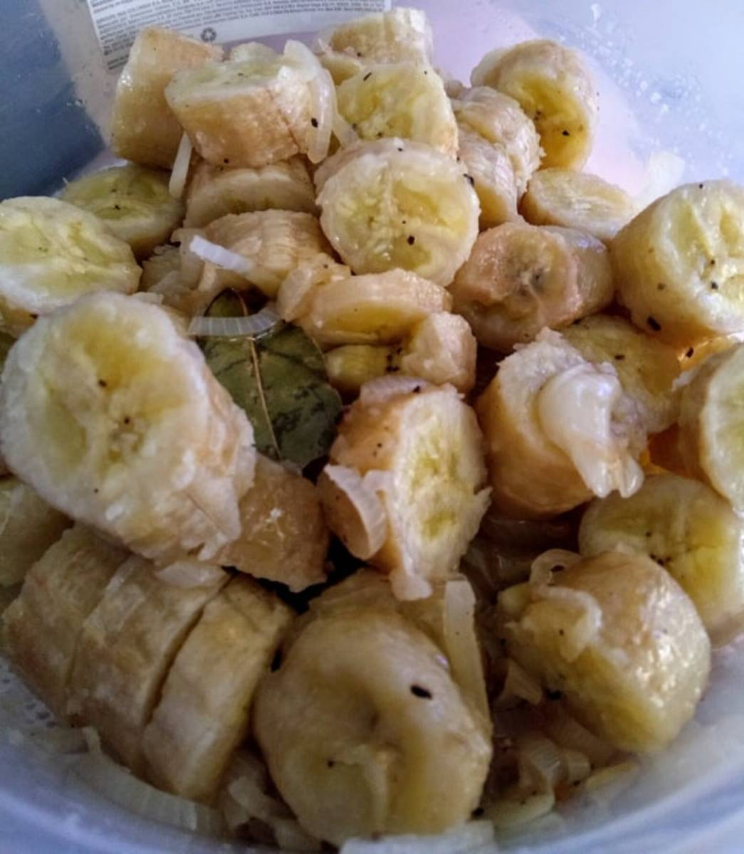 IslandBites: Pickled Green Bananas (Guineitos en escabeche)