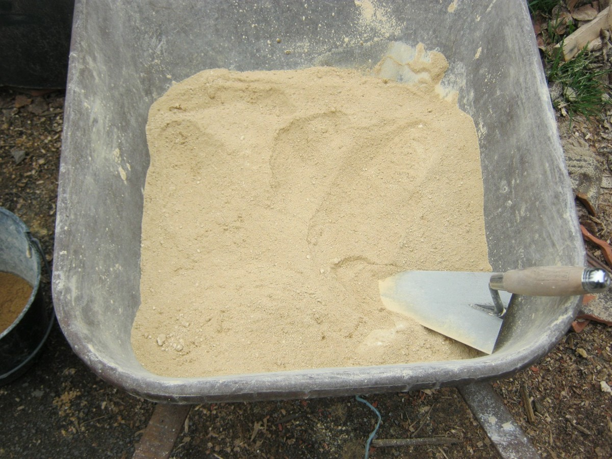Mix the dry chalk and sand thoroughly