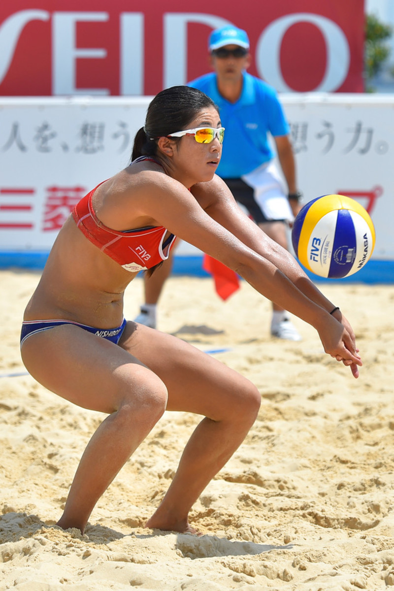 Takemi Nishibori hits the ball during a match at the Yokohama Grand Slam in July 2015.