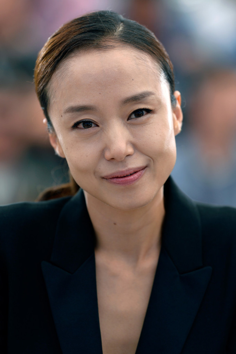 """Jeon Do Yeon attends a photo session for the movie """"Moe-Roe-Han-The Shameless"""" during the 68th annual Cannes Film Festival in Cannes, France in May 2015."""