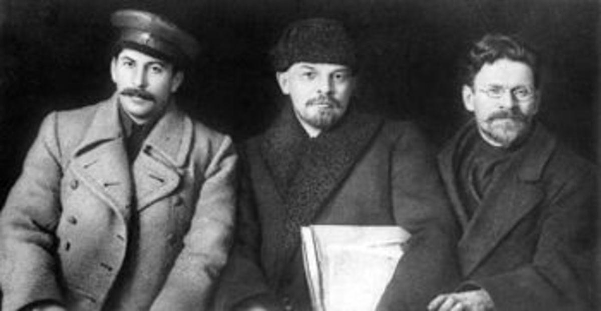 Stalin with Lenin and Mikhail Kalinin (the Old Bolsheviks)