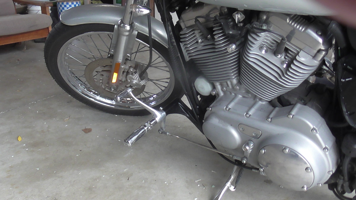 Harley Davidson Sportster 2004 Set Up for Tall Rider With Accutronix 6 Inch Extended Forward Controls