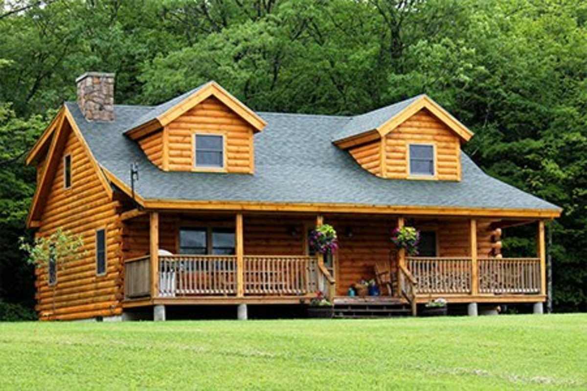 10 Log Cabin Home Floor Plans 1700 Square Feet or Less With 3 Bedrooms, Loft and Large Porch