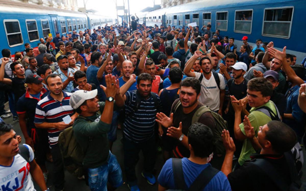 muslim-exodus-devious-propaganda-to-fertilize-european-women