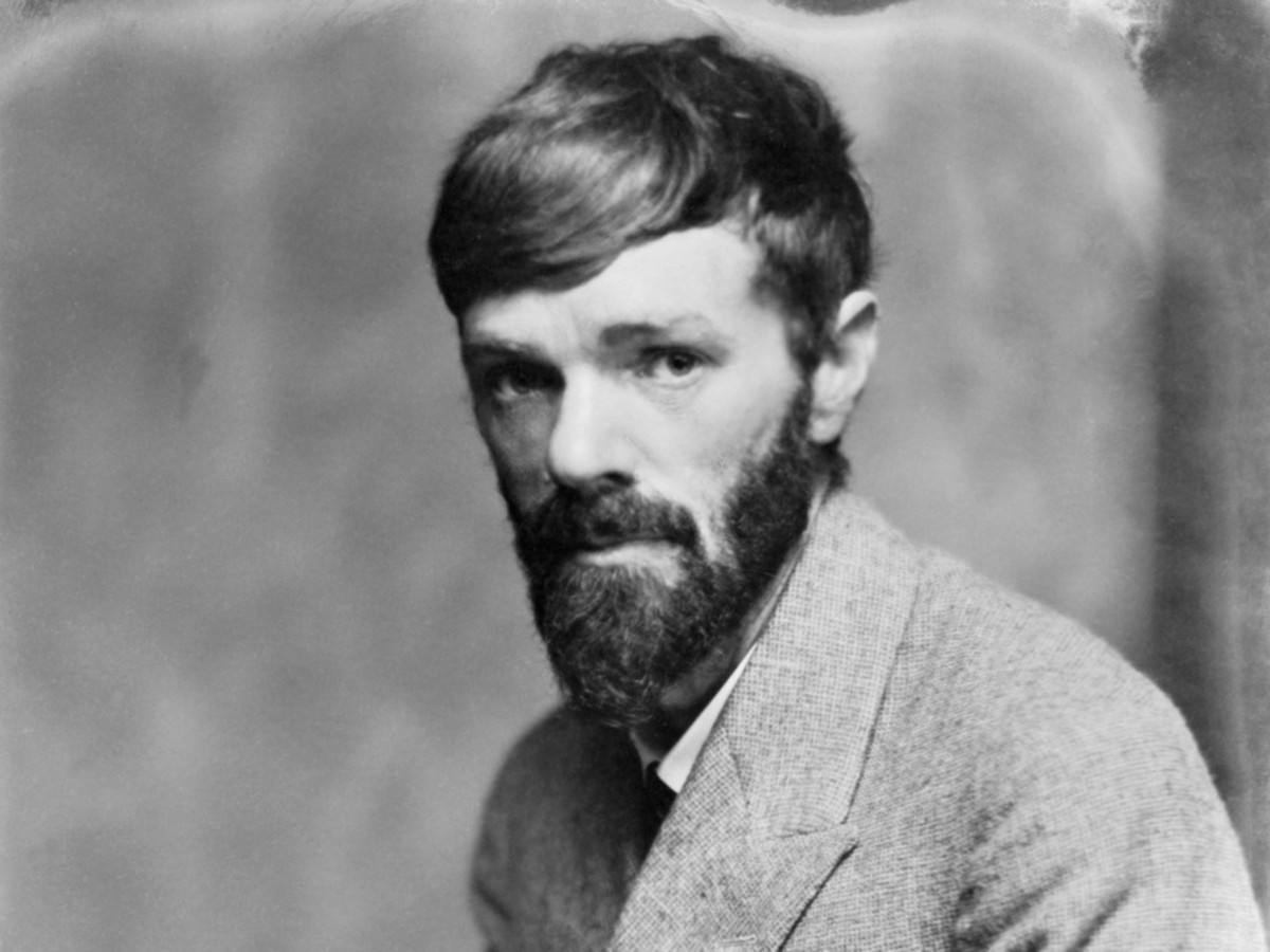 David Herbert Richards Lawrence (11 September 1885 – 2 March 1930) was an English novelist, poet, playwright, essayist, literary critic and a painter.