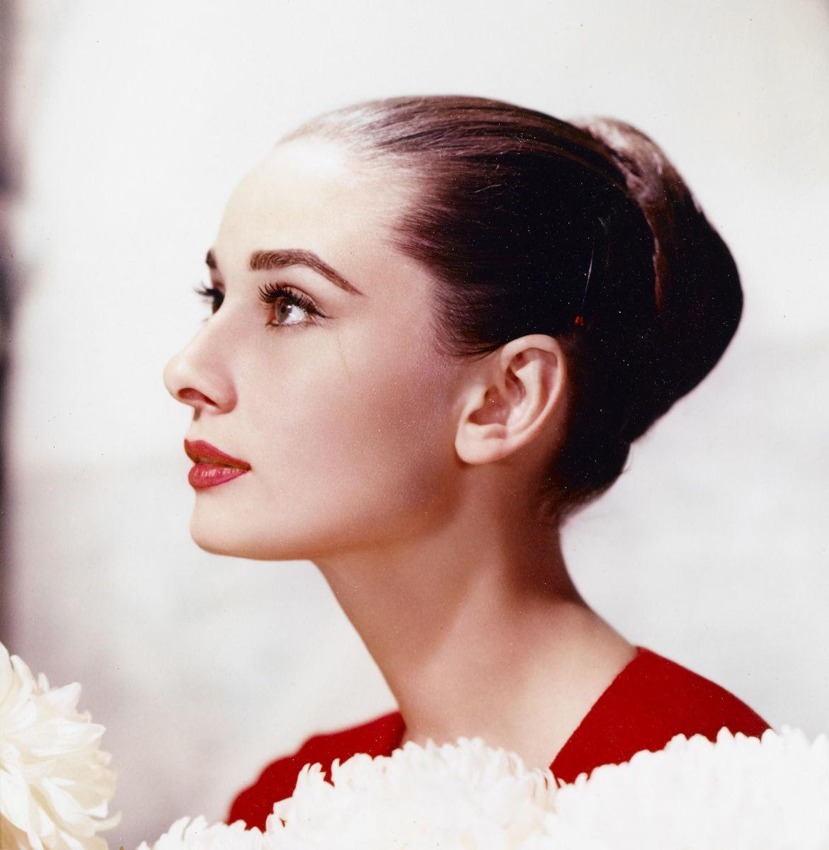 Audrey Hepburn closeup