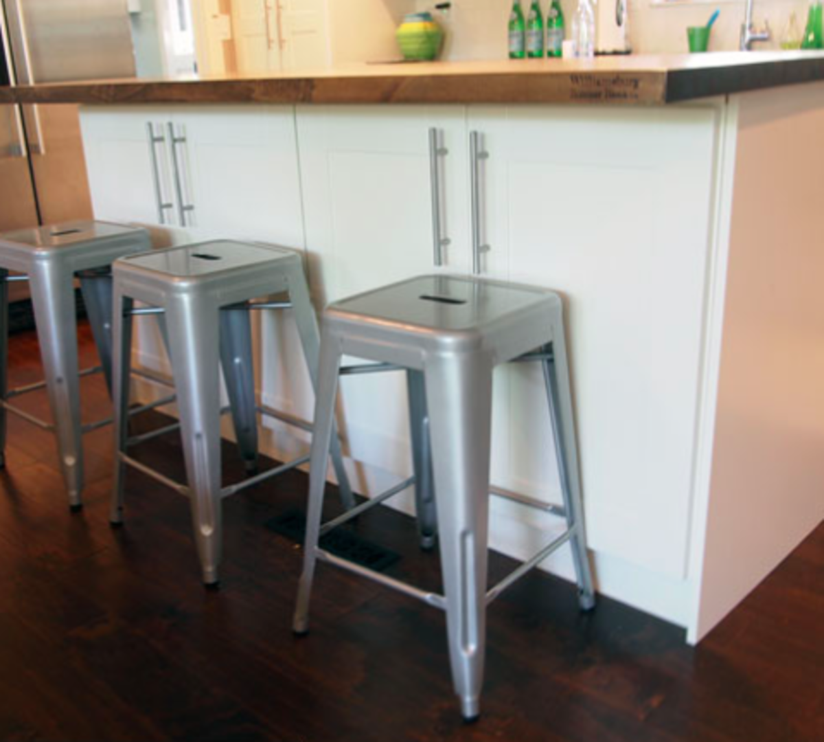 Make Your Own Kitchen Island From Up-cycled Furniture And