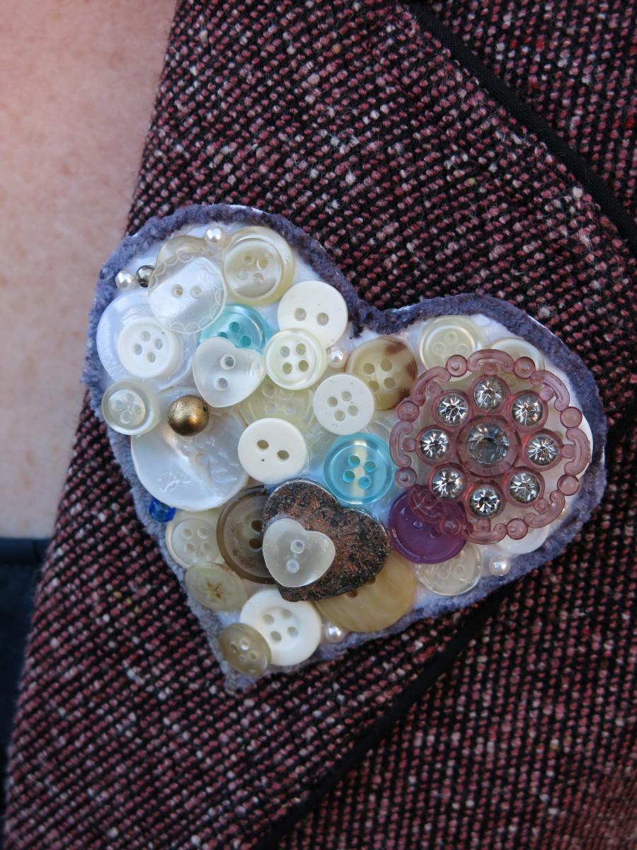 Heart-Shaped Button Pin or Pendant