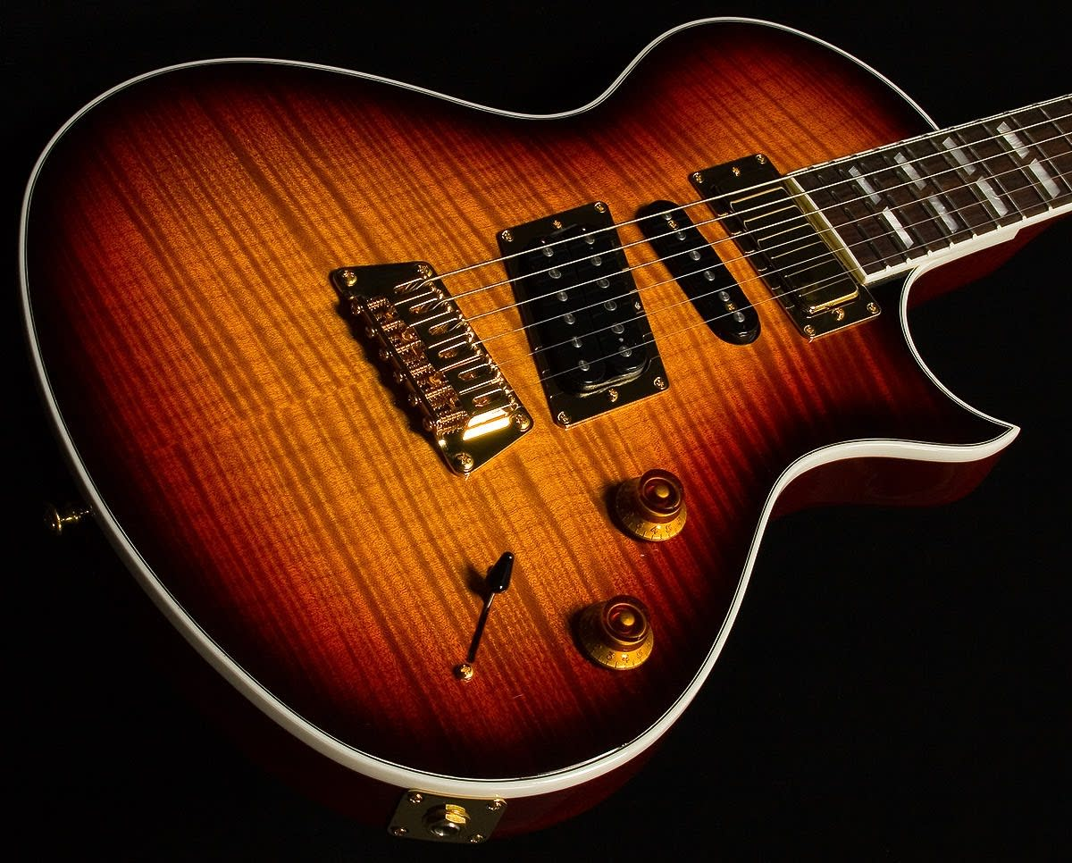 The Gibson Nighthawk Guitars