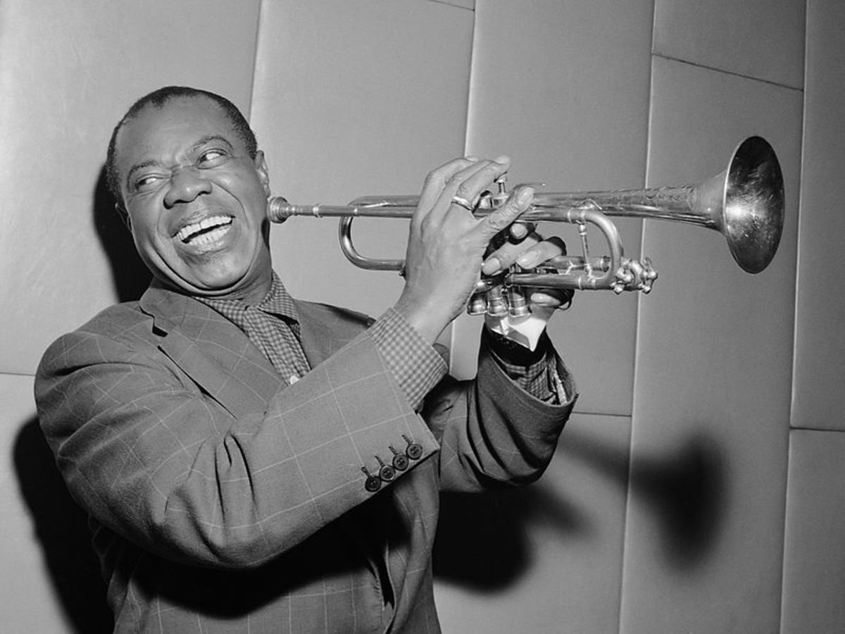 Louis Armstrong in 1955 using his gift.