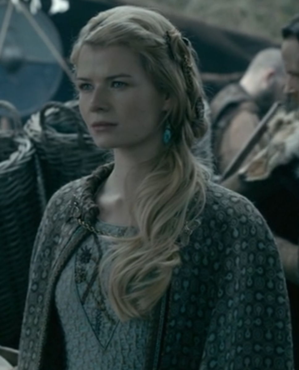 A young Princess Ellisit comes amongst Harald's warriors