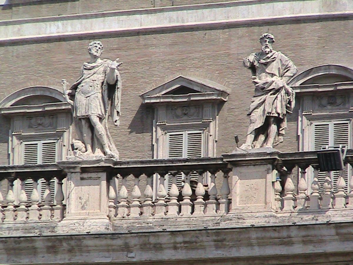 Sculpture of Saint Peter's Basilica