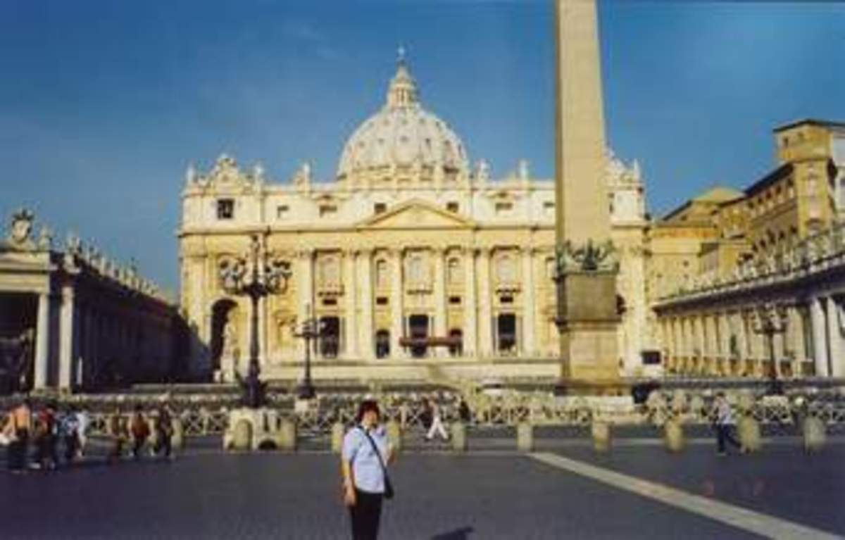 When the Romans conquered a new place, the took the people as slaves, they took their gods in Rome and other things that were important to these people. They even took this obelisk from Egypt, that today stands in St Peter Square.