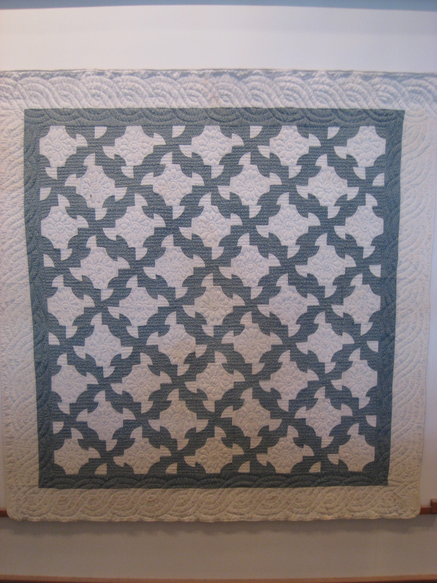This is a quilt from early 1900's/  What a pretty pattern.