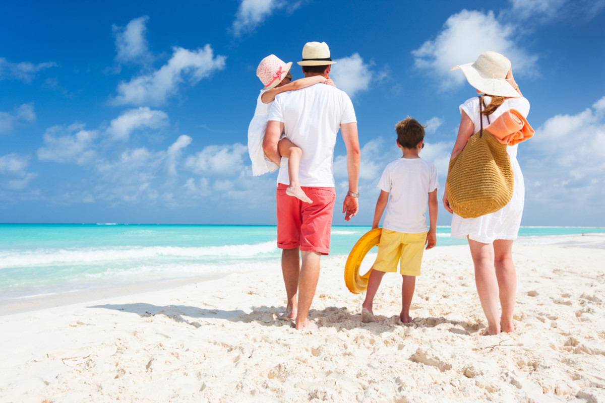 Family Trip to the Beach: Do's and Don'ts
