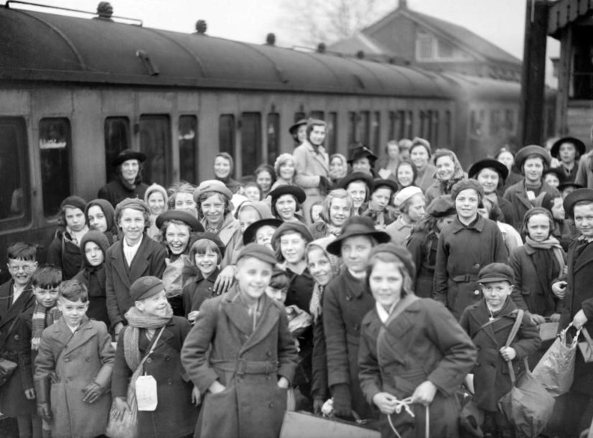 'Operation Pied Piper' was the evacuation of children up to school leaving age (14 in 1939) from cities to rural locations, planned by the Railways Executive Committee in the run-up to WWII
