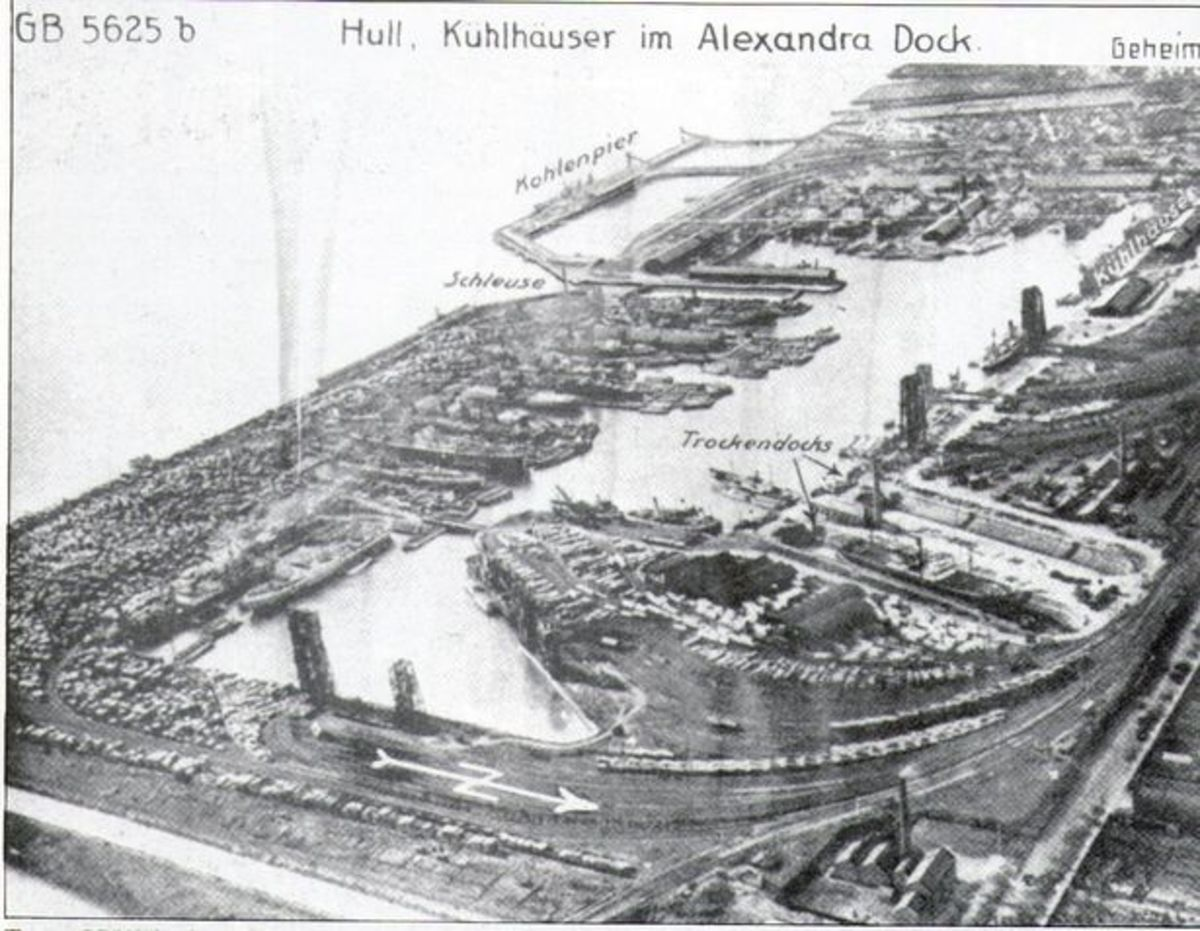 ... And here's a Luftwaffe 'postcard' of Alexandra Dock, Hull. These 'friendly' forays usually had less than friendly purpose...