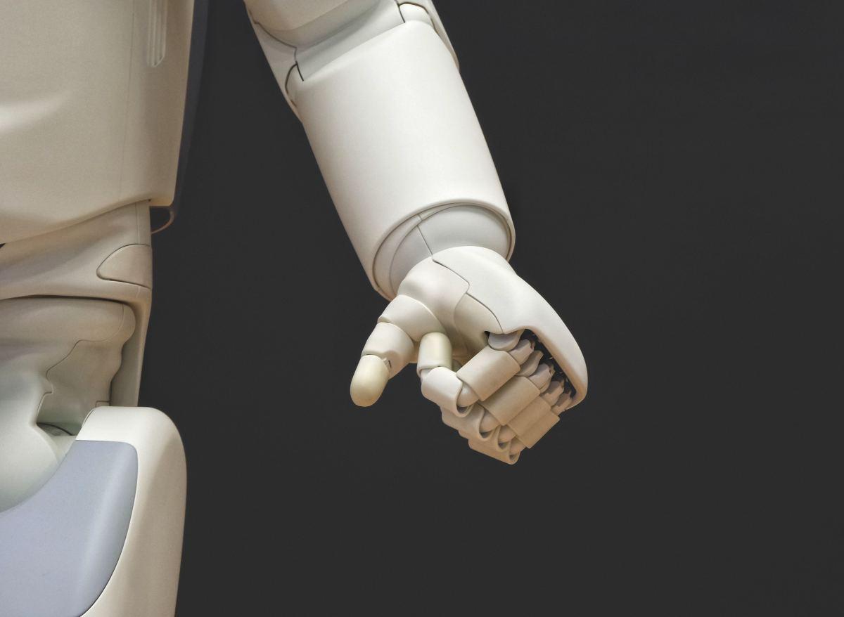 the-evolution-of-medical-robotics