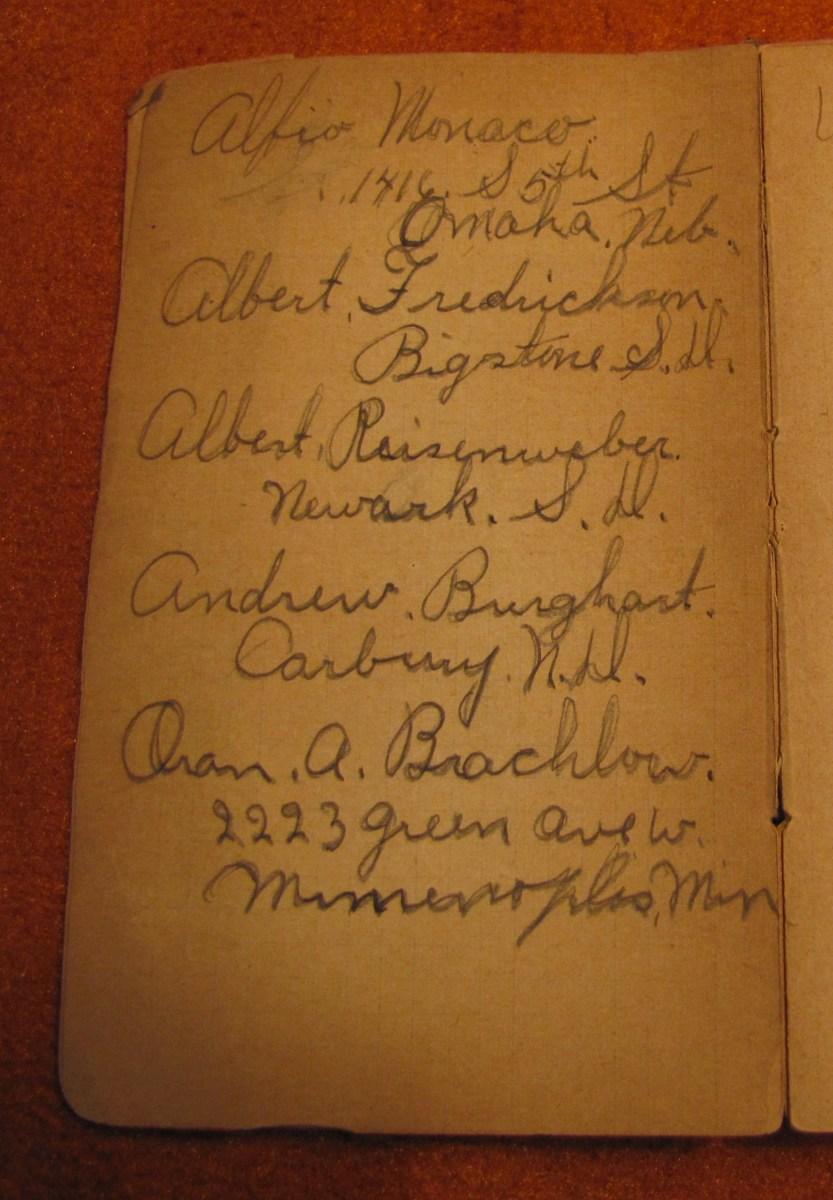 The handwriting in my great-uncle, Albert Vining's, WWI pocket diary.