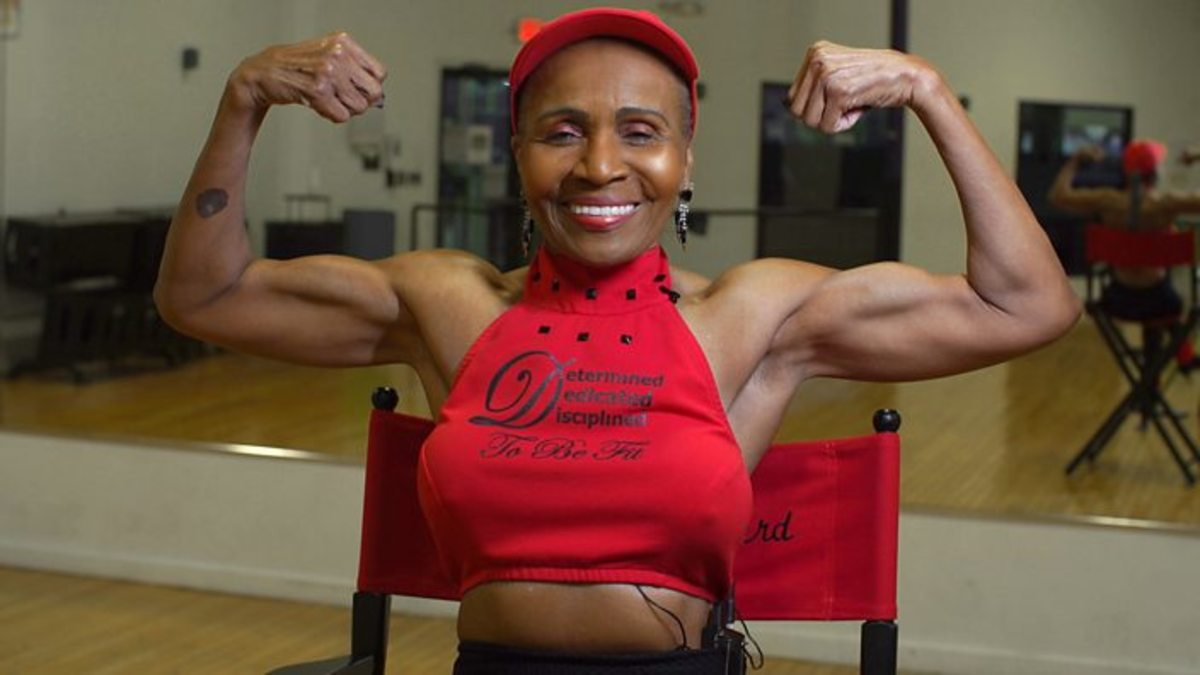 Ernestine Shepherd, 81-year-old woman who can bench press 115lb