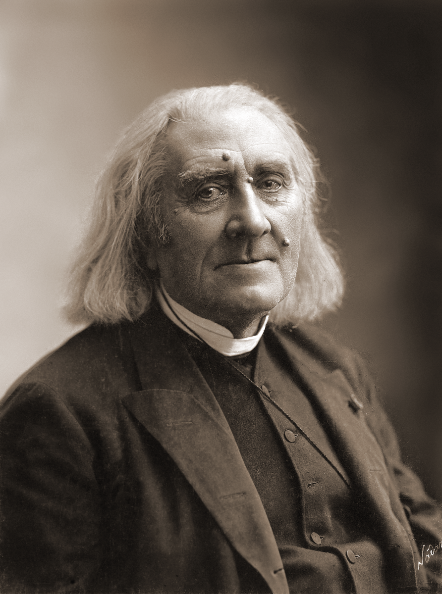 Photograph of Liszt in 1886.