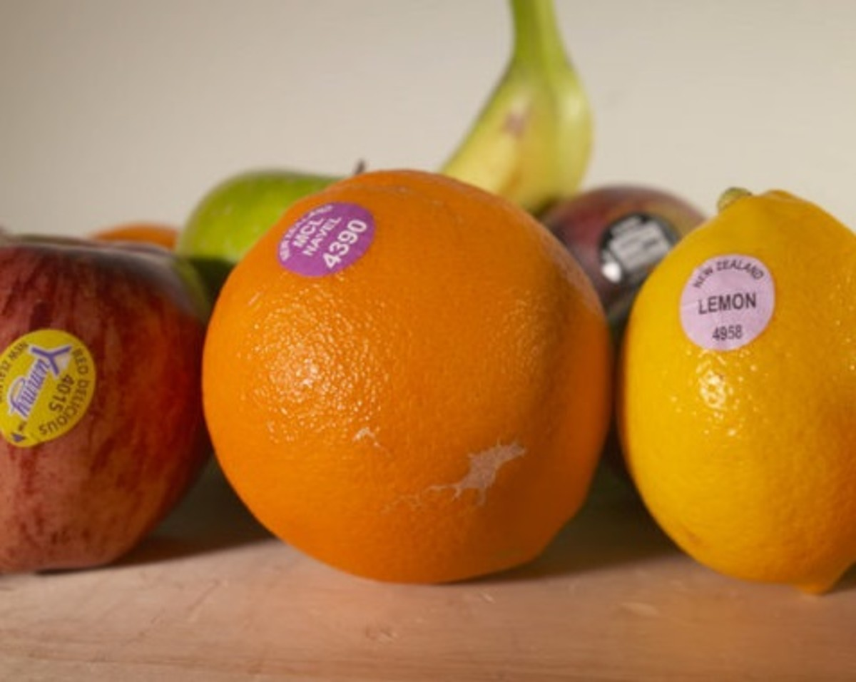 What the Stickers on Your Fruits and Vegetables Tell You