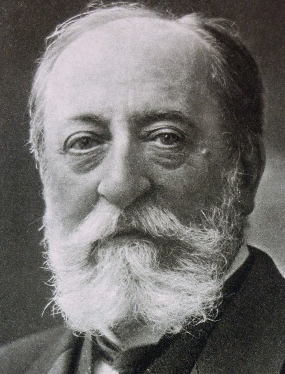Photograph of Saint-Saëns c1895.
