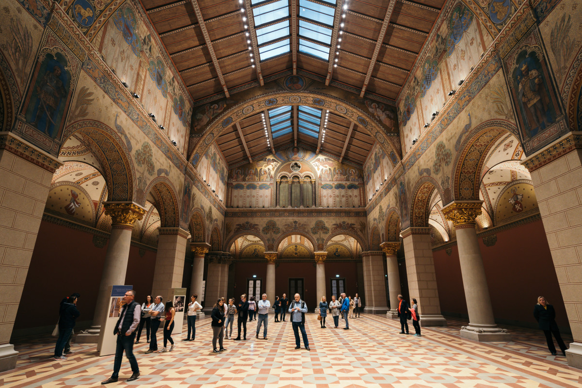 The marvelous Romanesque Hall is open to visit again!